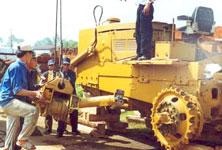 модульная сборка бульдозеров Б-170 во Вьетнаме